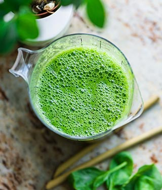 Healthy green vegetable drink | Meyer Clinic